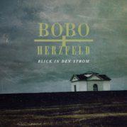 BOBO&Herzfeld // Blick in den Strom